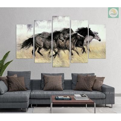 Tranh ghép ngựa đen NT14