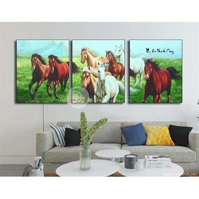 Ngựa trên đồng cỏ - PT03
