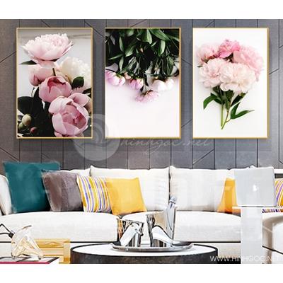 Cành hoa hồng nhạt - STTV4-78