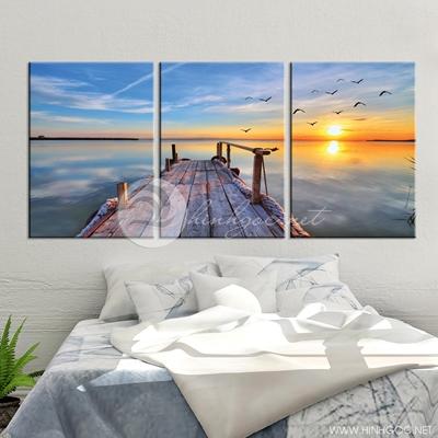 phong cảnh cây cầu gỗ nghệ thuật và đàn chim  - TBAV12-44
