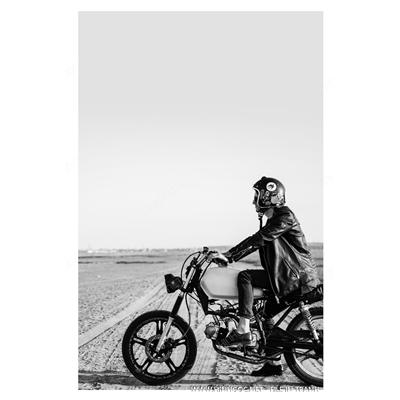 Người đi xe máy - BTT316