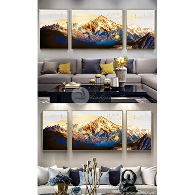 Tranh bộ dãy núi vàng - DEN25