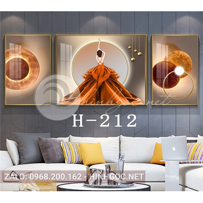 Bộ 3 tranh chân dung cô gái váy vàng và hình line art-H-212