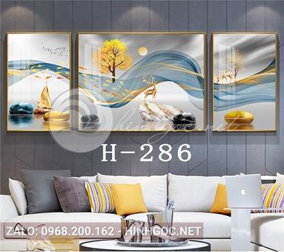 Bộ 3 tranh hươu đứng trên đá cuội và dải vân-H-286