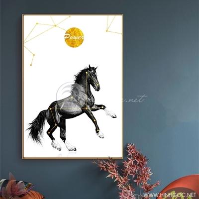 Tranh ngựa đen guốc trắng - PEN70