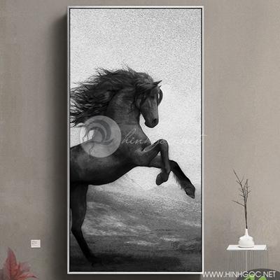 Tranh ngựa đen tung vó - PEN78