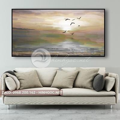 Tranh phong cảnh biển, chim bay trên bãi biển-QART-68