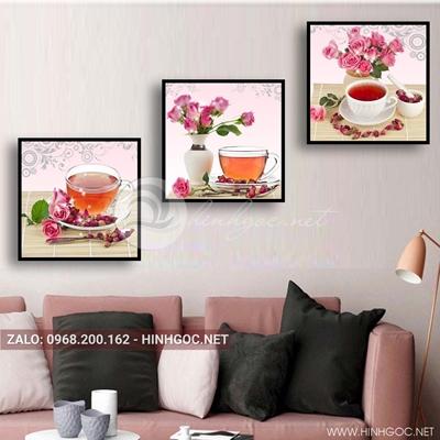 Tranh bộ 3 bức, lọ hoa và ly trà nóng-QDS-132